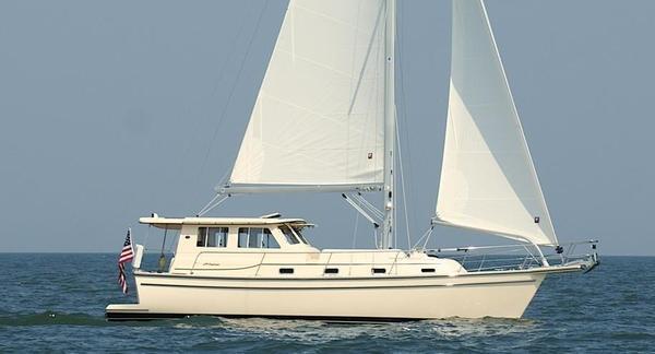 Used Island Packet SP Cruiser Motorsailer Sailboat For Sale