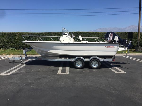 New Boston Whaler 190 Montauk Center Console Fishing Boat For Sale