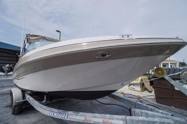 Used Four Winns 230 Horizon Runabout Boat For Sale