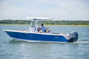 Used Sea Hunt 235 Ultra Center Console Fishing Boat For Sale