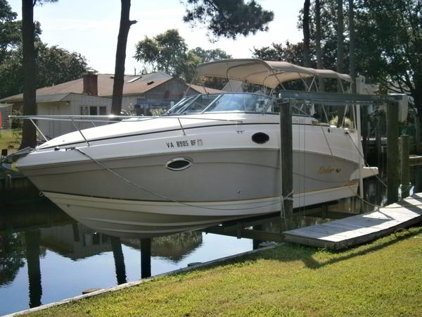 Used Rinker Fiesta Vee 250 Cruiser Boat For Sale