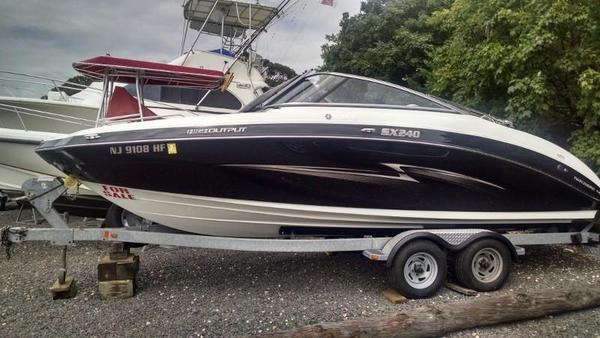 Used Yamaha SX240 HO Runabout Boat For Sale