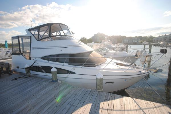 Used Carver 346 Motor Yacht Aft Cabin Boat For Sale