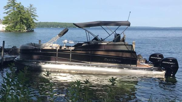 Used Premier Grand View 26 Pontoon Boat For Sale