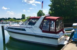 Used Carver 32 Montego Express Cruiser Boat For Sale