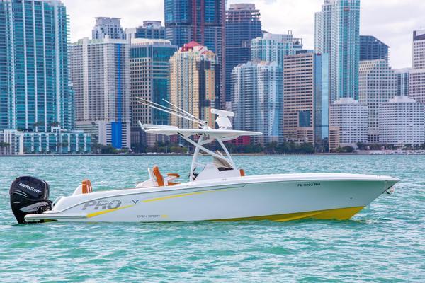 Used Pronautica 29 Open Sport Center Console Fishing Boat For Sale