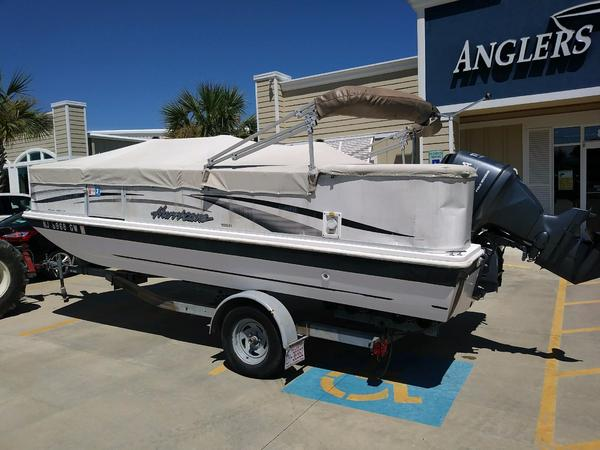 Used Hurricane FUNDECK 196R Deck Boat For Sale