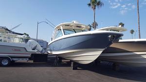 New Boston Whaler 320 Vantage Dual Console Boat For Sale