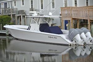 Used Sea Hunter 37 Tournament Center Console Fishing Boat For Sale