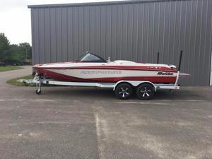 Used Malibu Response TXi Ski and Wakeboard Boat For Sale