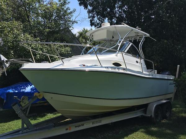 Used Polar 2300 WA Sports Fishing Boat For Sale