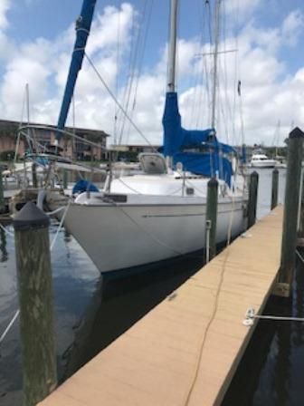 Used Allied Mistress MKII Center Cockpit Sailboat For Sale