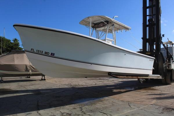 Used Goldline 26 Center Console Sports Fishing Boat For Sale