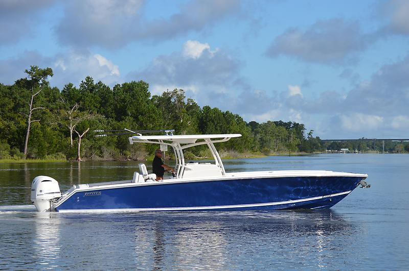 2018 New Jupiter 34 HFS Center Console Fishing Boat For