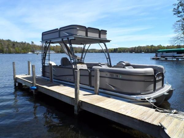 Used Premier Walk On SunSation 240 Pontoon Boat For Sale