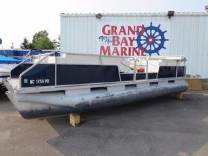 Used Sylvan Pontoon HANDY MAN SPECIAL!! Pontoon Boat For Sale