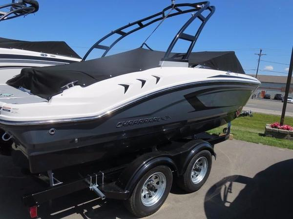New Chaparral H20 21 SportH20 21 Sport Ski and Wakeboard Boat For Sale