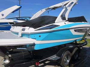 New Regal 23 Surf Ski and Wakeboard Boat For Sale