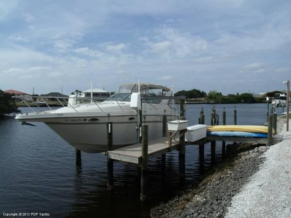 Used Maxum 3000 SCR Cruiser Boat For Sale