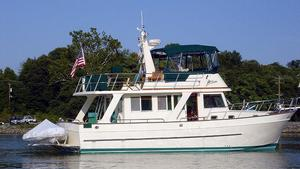 Used Mariner 40 Orient Sedan Trawler Boat For Sale
