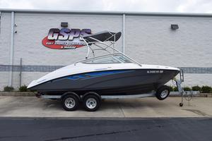 Used Yamaha AR210 Bowrider Boat For Sale