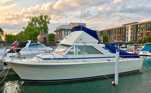 Used Chris-Craft 315 Commander Flybridge Boat For Sale