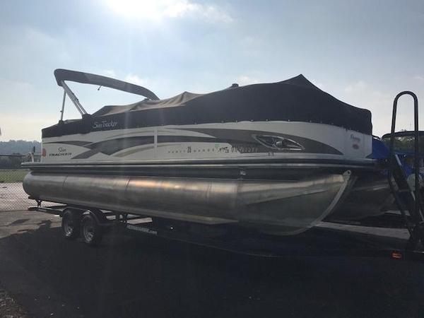 Used Sun Tracker Pontoon Boat For Sale