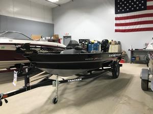 New Tracker Boats Super Guide V-16 SC Bass Boat For Sale