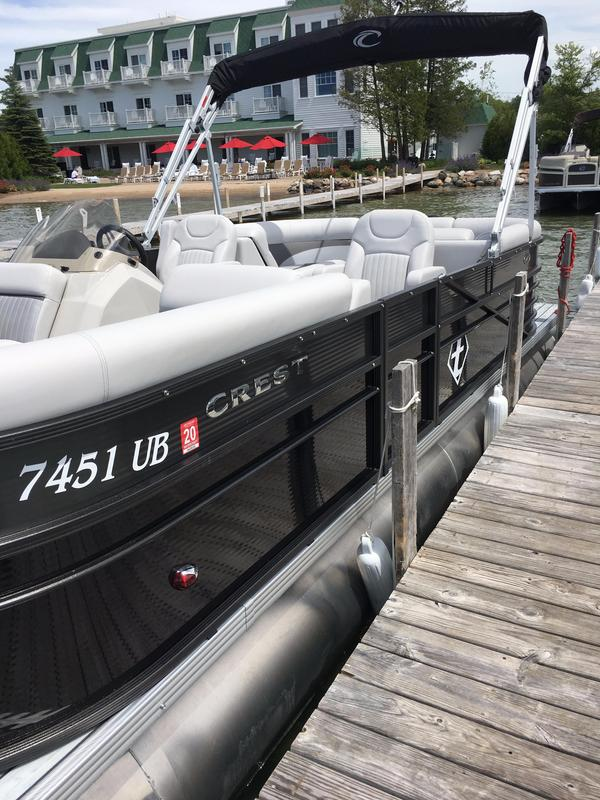 Used Crest II 230 SLC Pontoon Boat For Sale