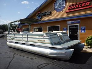 Used Crest 25 Pontoon Boat For Sale