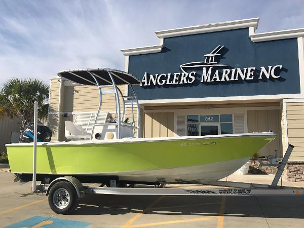 1975 used robalo center console fishing boat for sale for Used fishing boats for sale in eastern nc