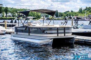 New Crest Classic 230 SL Pontoon Boat For Sale