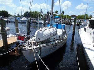 Used Islander Yachts Islander 29 Sloop Sailboat For Sale