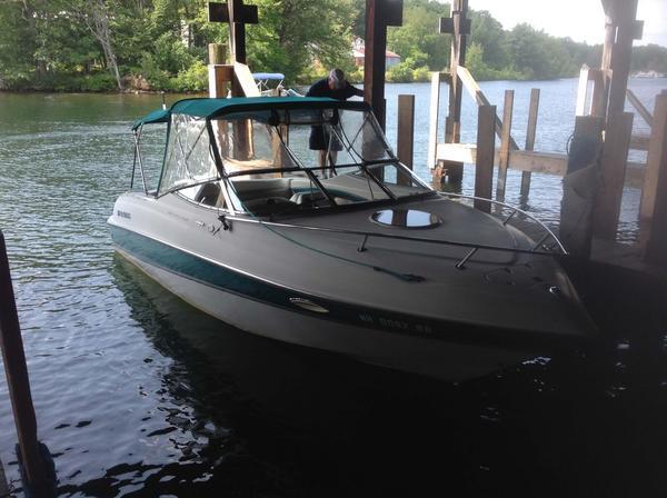 Used Four Winns 225 Sundowner Bowrider Boat For Sale