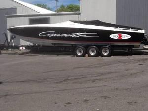 Used Cigarette Racing 35 Cafe Racer Center Console Fishing Boat For Sale