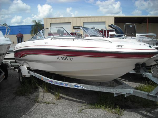 Used Chaparral 200 LE Runabout Boat For Sale