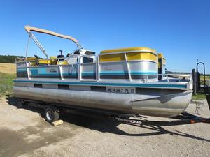 Used Harris FloteBote 200 Classic Pontoon Boat For Sale
