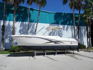 Used World Cat 270 SD Cruiser Boat For Sale