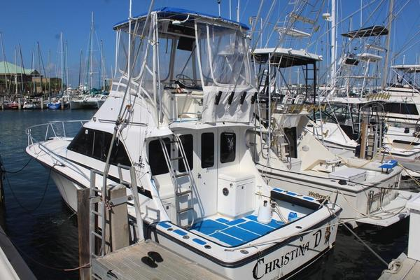 Used Luhrs 320 Convertible Tournament Convertible Fishing Boat For Sale