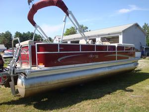 Used Berkshire 220 CL LTD Pontoon Boat For Sale