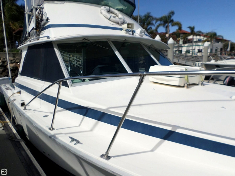 1977 Used Bertram 35 Convertible Sports Fishing Boat For