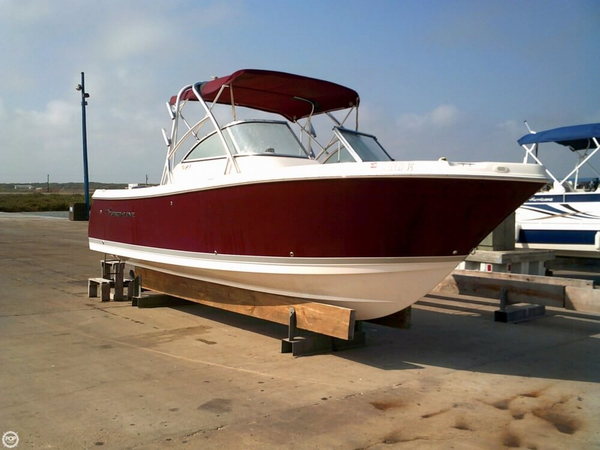 Used Pro-Line 23 DC Bowrider Boat For Sale