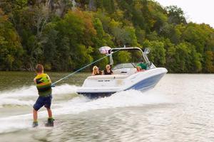 New Bayliner VR6 Bowrider Ski and Wakeboard Boat For Sale