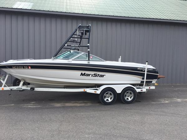 Used Mastercraft MariStar 210 Runabout Boat For Sale