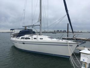 Used Catalina 350 Racer and Cruiser Sailboat For Sale