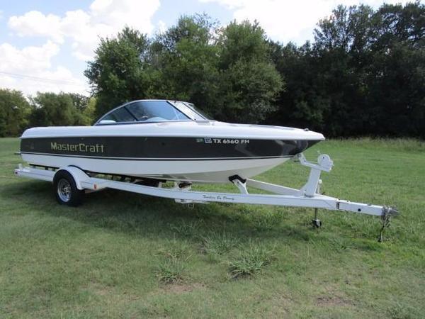 Used Mastercraft Prostar 205 Sammy Duvall Ski and Wakeboard Boat For Sale