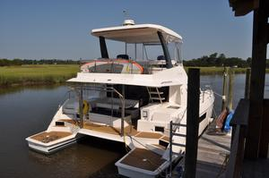 Used Robertson And Caine Leopard 43PC Power Catamaran Boat For Sale
