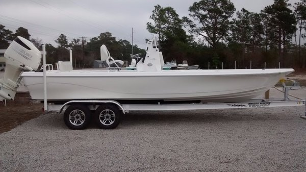 New Blue Wave 2400 Pure Bay Boat For Sale