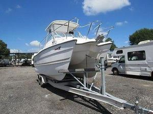 Used Pro Sport 2200 W/A Sports Fishing Boat For Sale