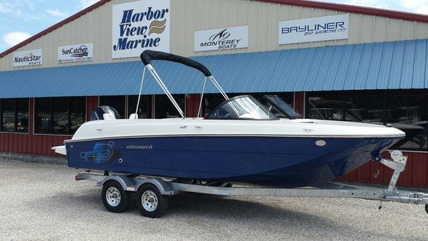 New Bayliner 21 Deck Boat For Sale
